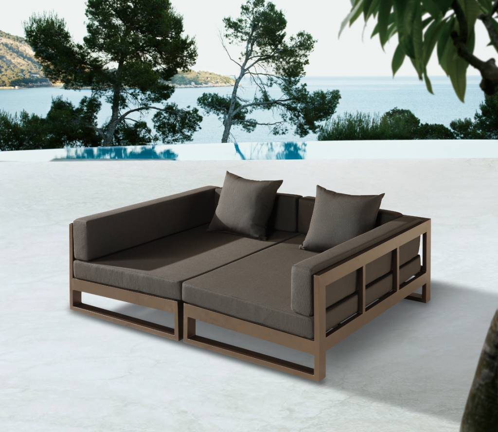 Amber Modern Outdoor Double Modular Chaise Lounge Daybed