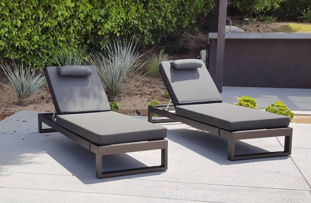 Amber Modern Outdoor Single Chaise, Modern Outdoor Chaise Lounge Chairs